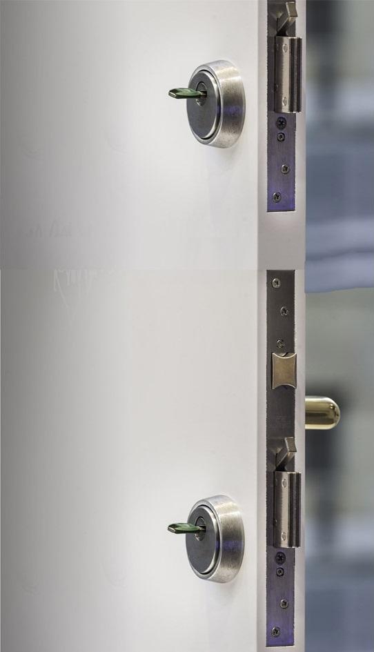 reforzar puerta existente con doble cerradura inn_madrid