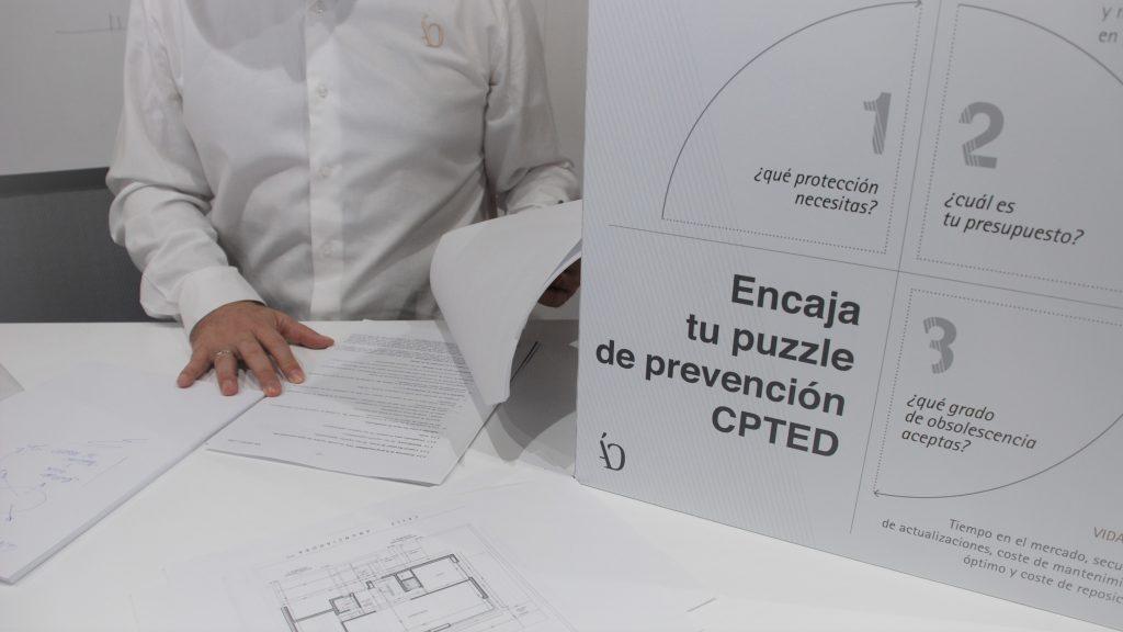 Diseña tu casa segura anti robo con Ángel Olleros